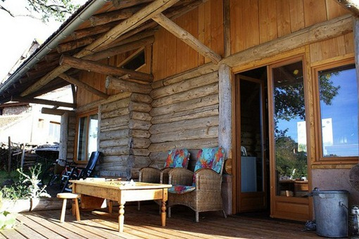 Vakantiehuis, blokhut bij de eik, ruim terras